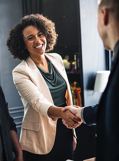 Impact de la première minute face à un client